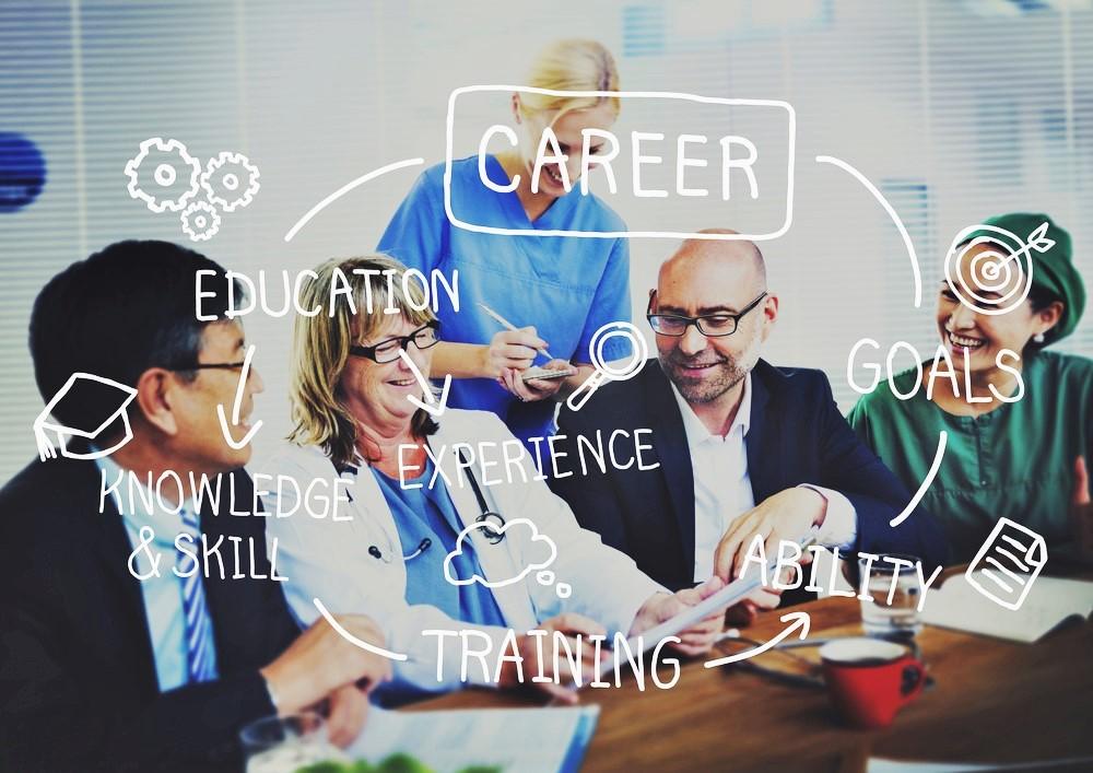 recruitment vitae professionals, services, offers, vacancies, candidates, UK, Ireland, world, arround world, overseas